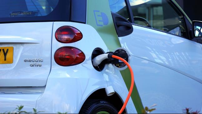 自動車の充電